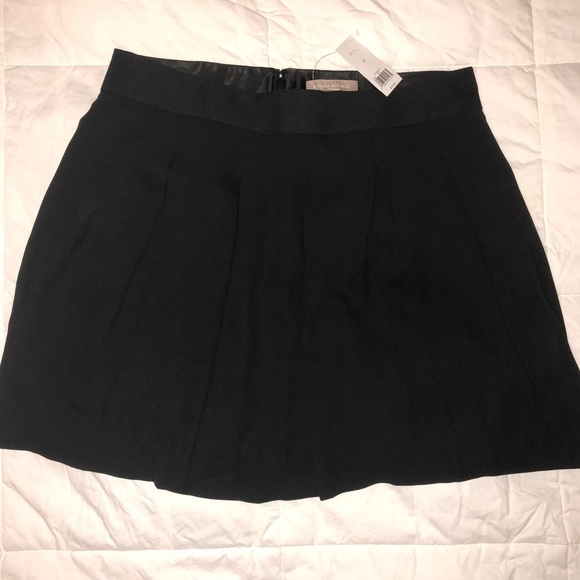 Banana Republic Dresses & Skirts - NWT! Banana Republic Pleated Black Skirt, Size 10